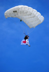 Evianmasters_sun_skydiver_japanesef
