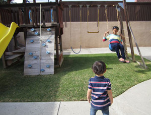 Grandkids_backyard1