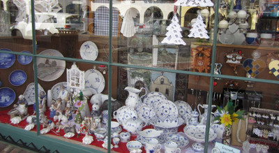 Solvang_shops_ironartgiftshop2