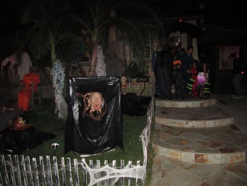 Halloween_housea3