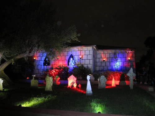 Halloween_housee1