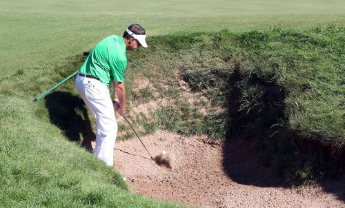 Tuesday_love3rd_bunker9thhole_s