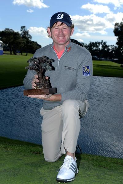 Farmersopen_snedeker_trophy